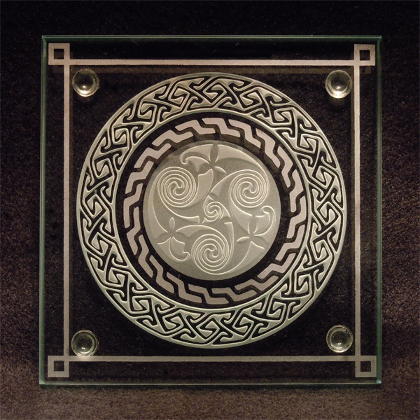 Celtic Spiral etched glass by ImaginedGlass