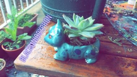 Shiny Ivysaur DIY Planter Sculpture 002