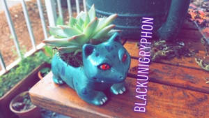 Shiny Ivysaur DIY Planter Sculpture 003