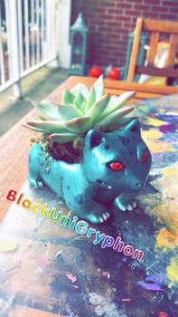 Shiny Ivysaur DIY Planter Sculpture 005