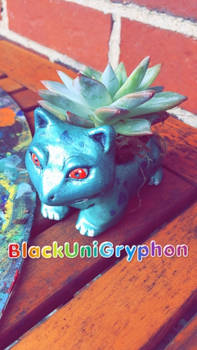 Shiny Ivysaur DIY Planter Sculpture 006