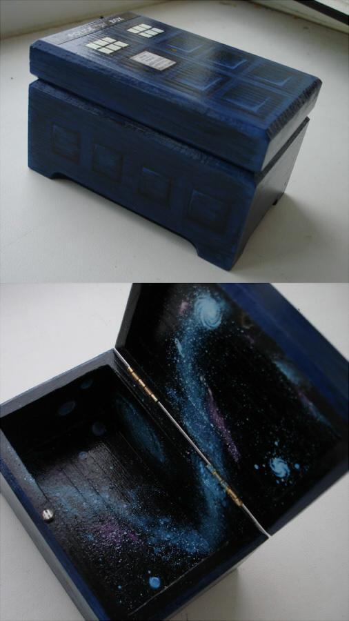 Taardis wood box by DalekJoy