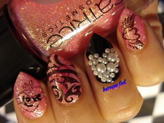 Tattoo love nails