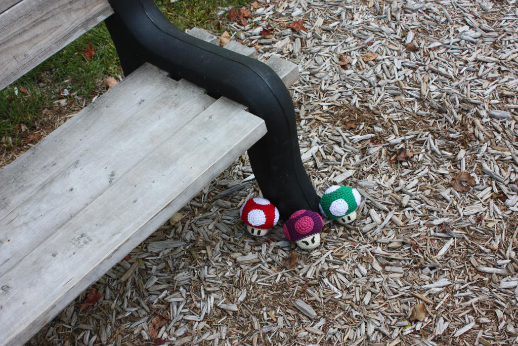 yarn bombing bench - photo #17
