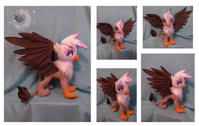 Custom plush Gilda the Griffon by Legadema