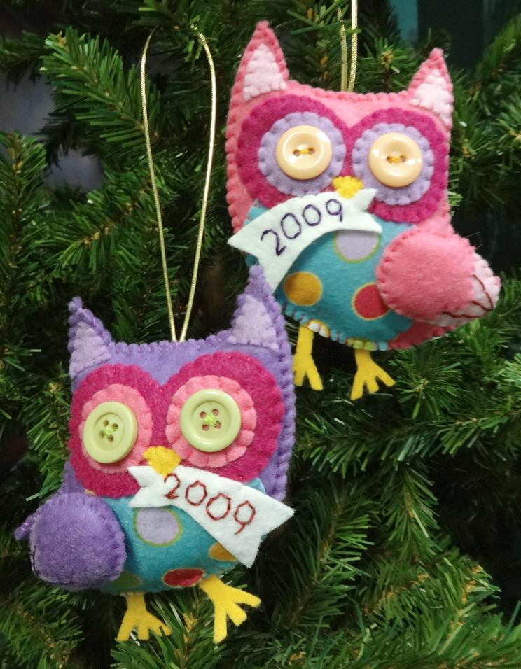 Felt Owl Ornaments by Nosseren