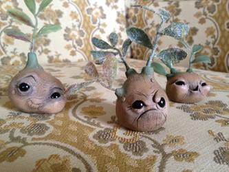 Grumplenut the Seedling - SOLD by Mel2DaIssa
