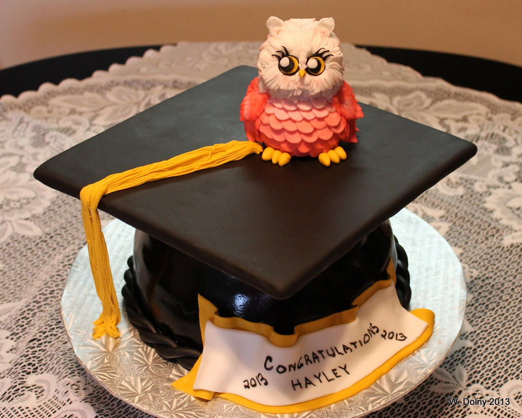 Graduation Cake by lenslady