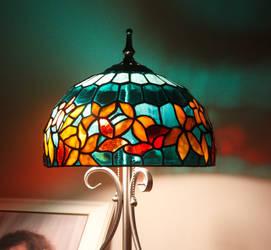REPLICA TIFFANY LAMP