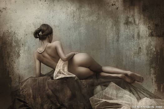 Classical Nude by seredin