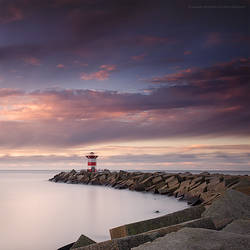 Lighthouse by soulofautumn87