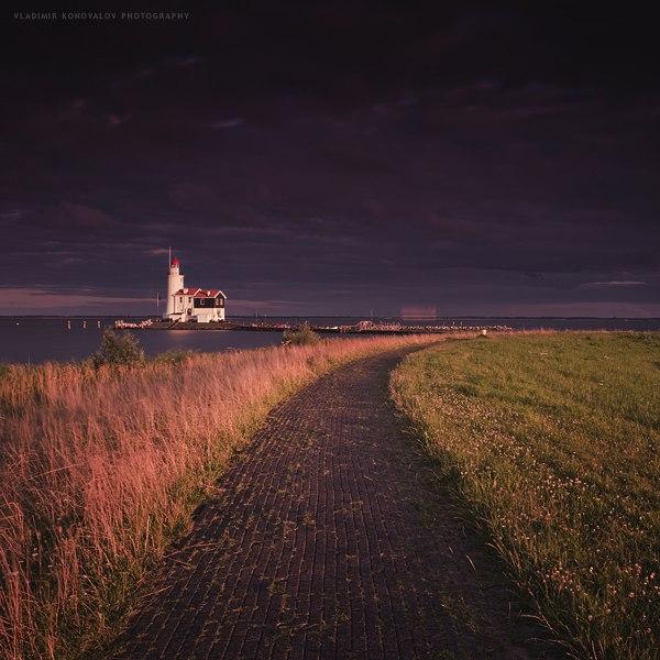 Marken Lighthouse by soulofautumn87