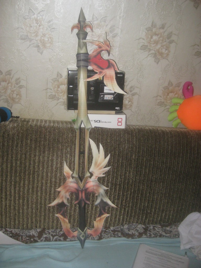 Lost Memory Keyblade papercraft by Zimberdum