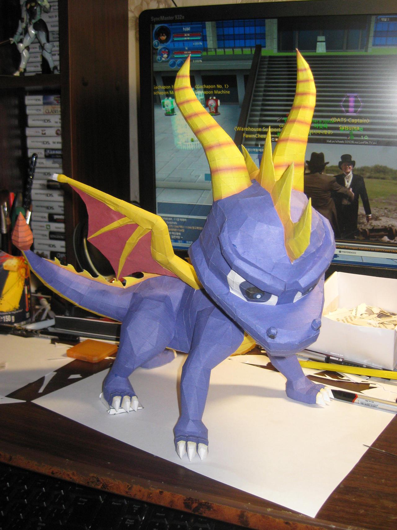 Spyro papercraft by Zimberdum
