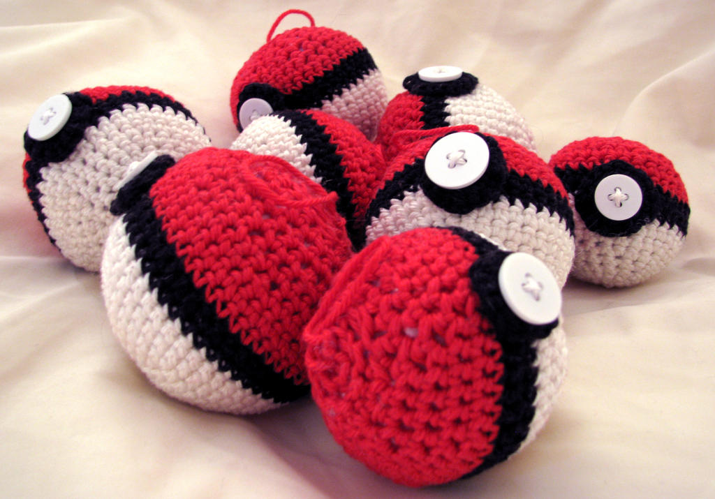 Pokeball Amigurumi by GTaichou on DeviantArt
