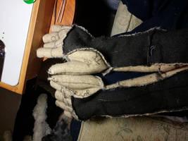 peek inside the fursuit paws