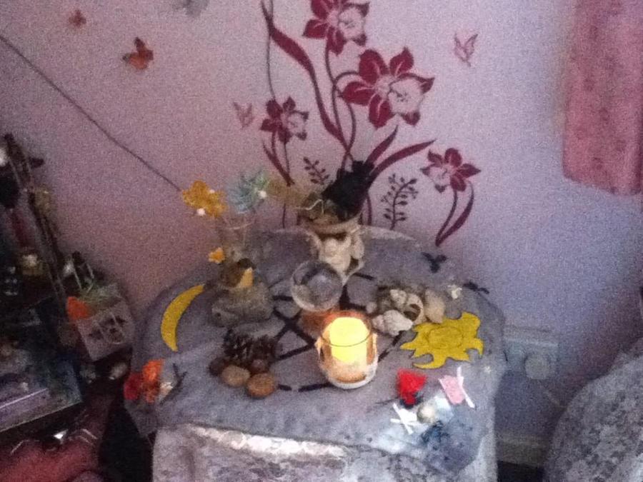 Wiccan Altar Design