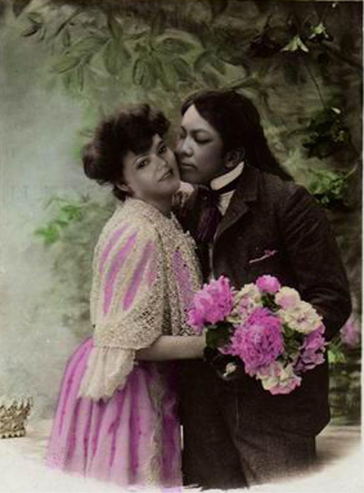A loving couple by Ainasule