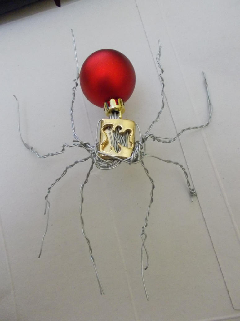 Christmas spider by 1danterocks