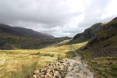 Way to Snowdon by Lissou-photography