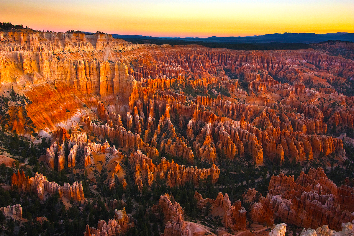 bryce_canyon_sunrise_by_metagore-d3j5czx