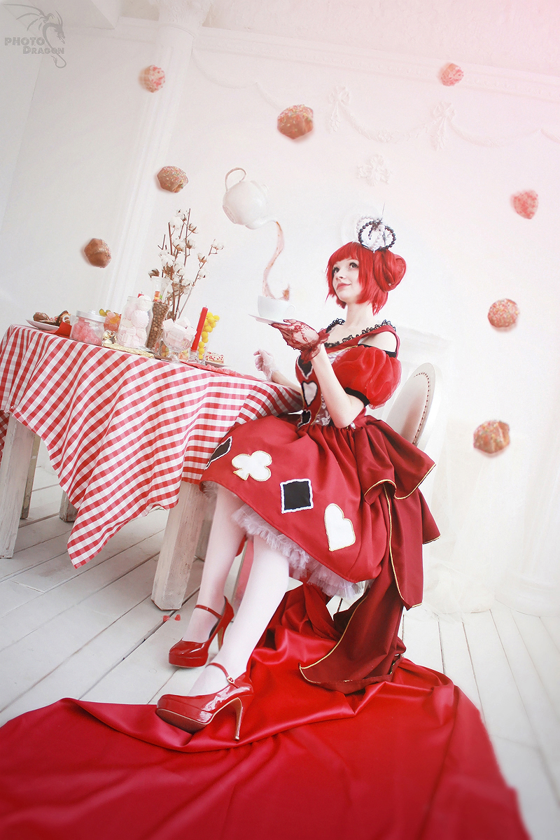 Red Queen 7 by Yui-Lang