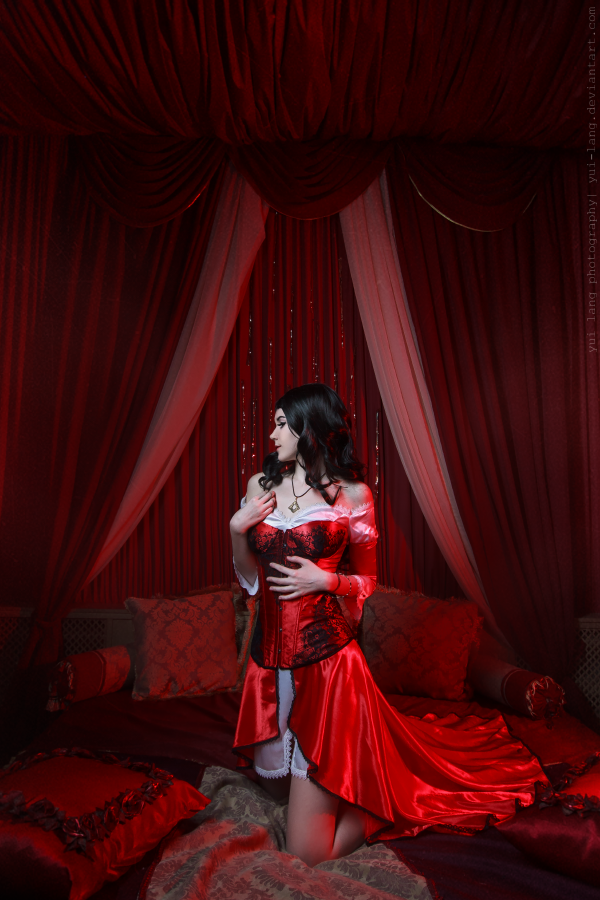 courtesan 5 by Yui-Lang