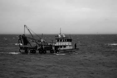 Black Sea Tide II by boraakbay