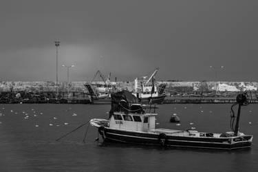 Black Sea Tide III by boraakbay