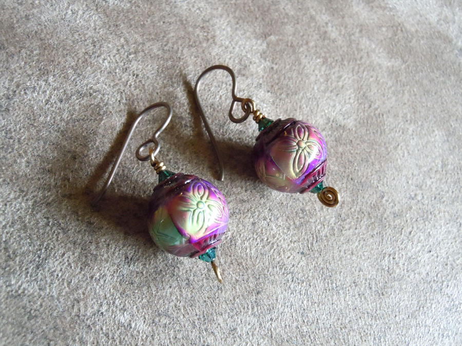 chagne colored earrings rainbow color changing mirage mood earrings by a sharper 5746