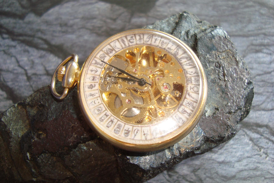 Alethiometer Watch by rain2shine