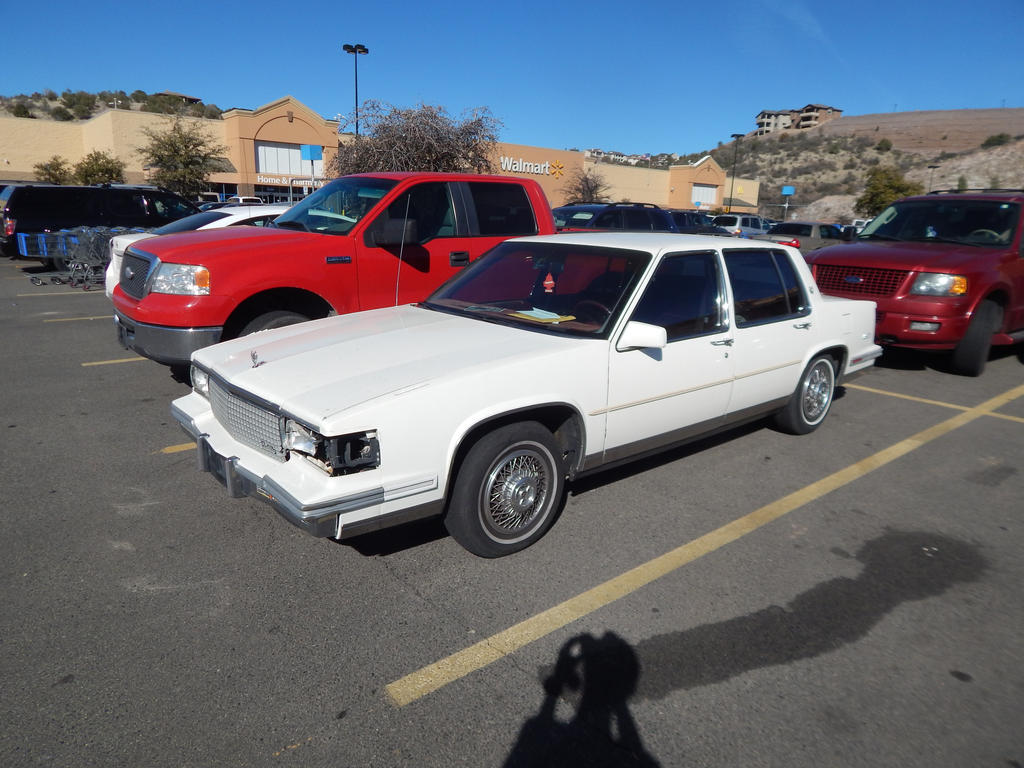 1987 Cadillac Sedan deVille by TheHunteroftheUndead