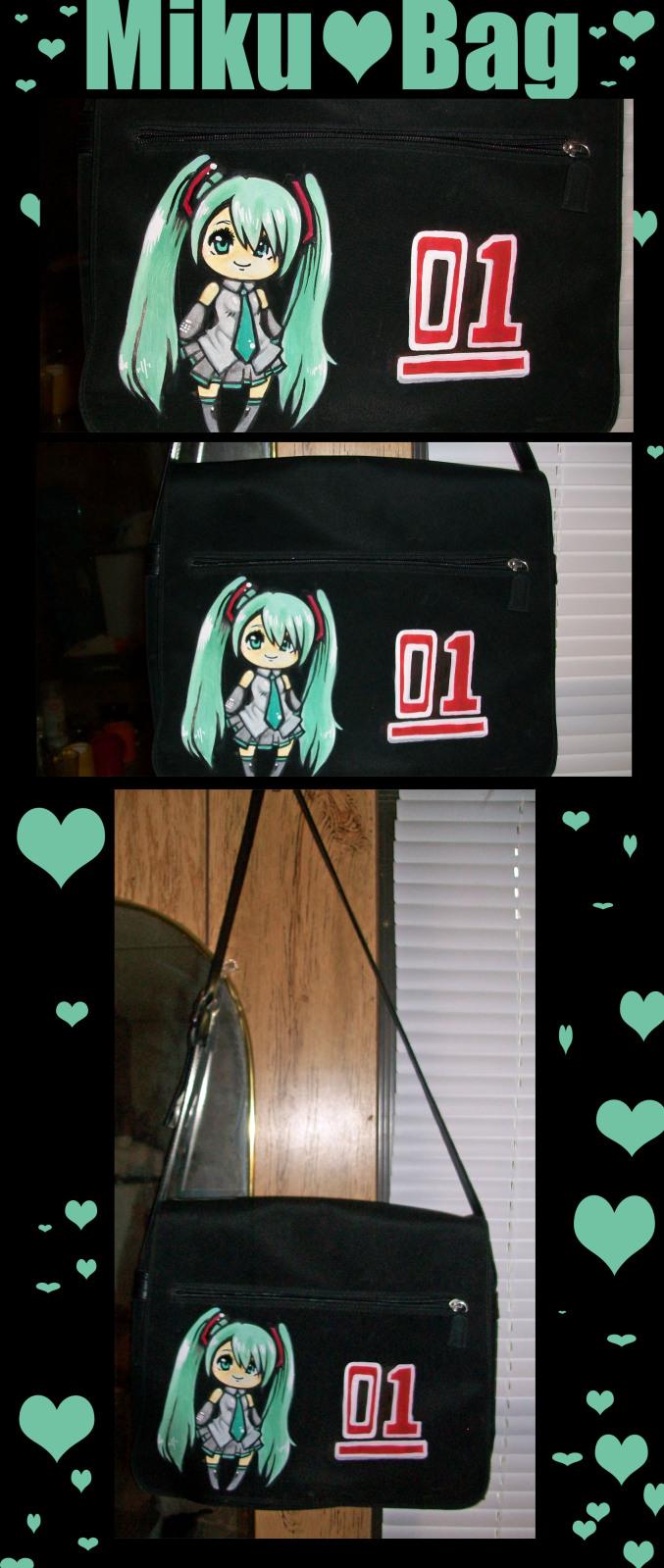 Miku Hatsune Bag by WitchZilla