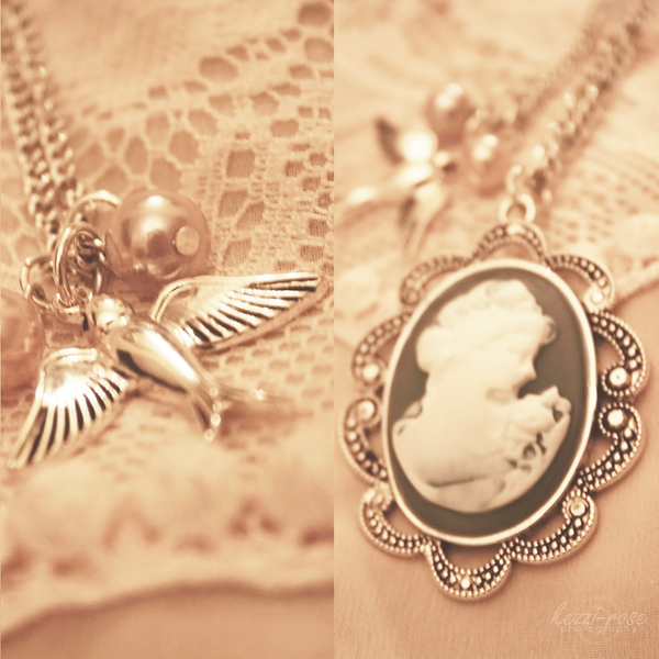 Vintage Cameo by Kezzi-Rose