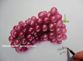 Realistic Grapes in Colored Pencil by kakosuranosx