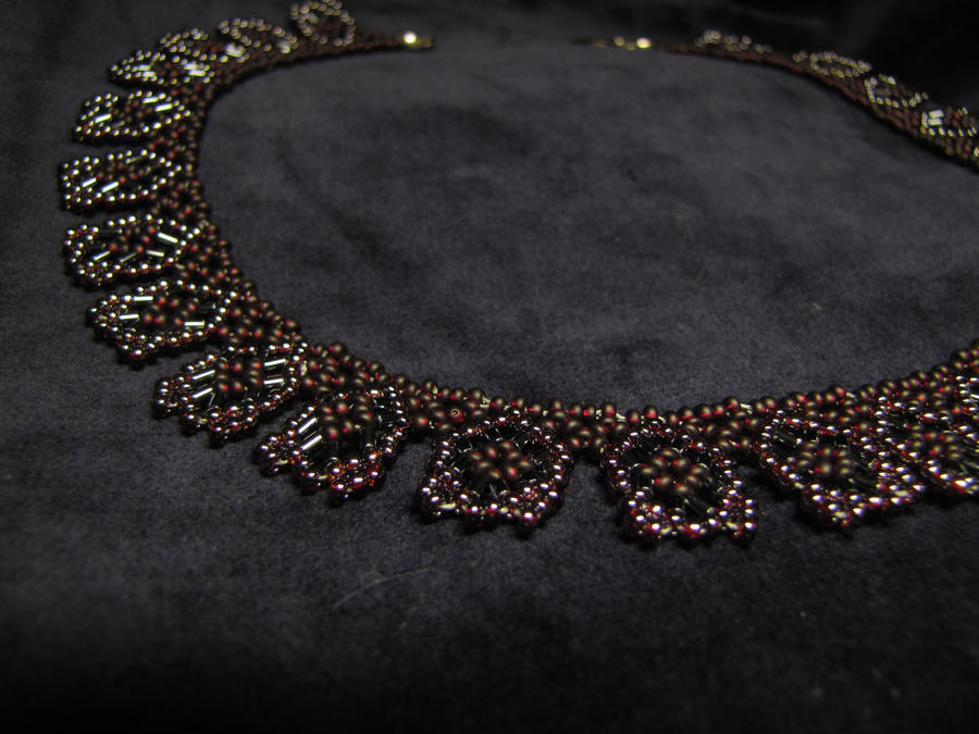 Simple necklace - garnet by Yanagi-no-Yume