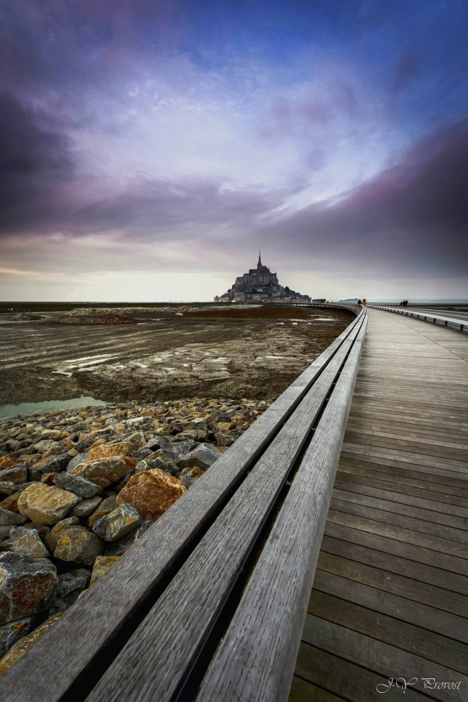 Mt St Michel by kakobrutus