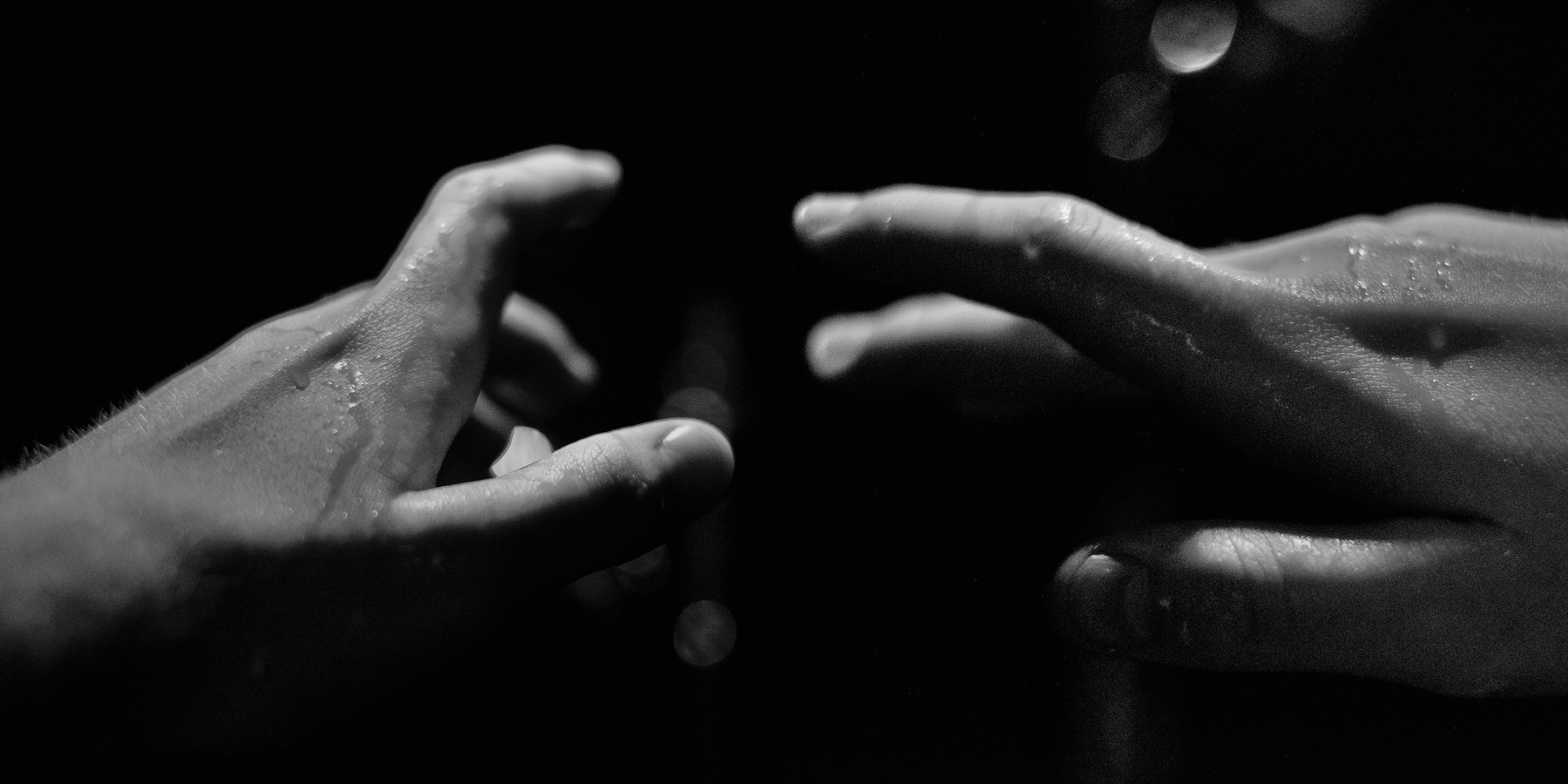 Hands by Anselmeth