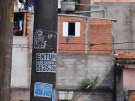 no poste by leandro-araujo