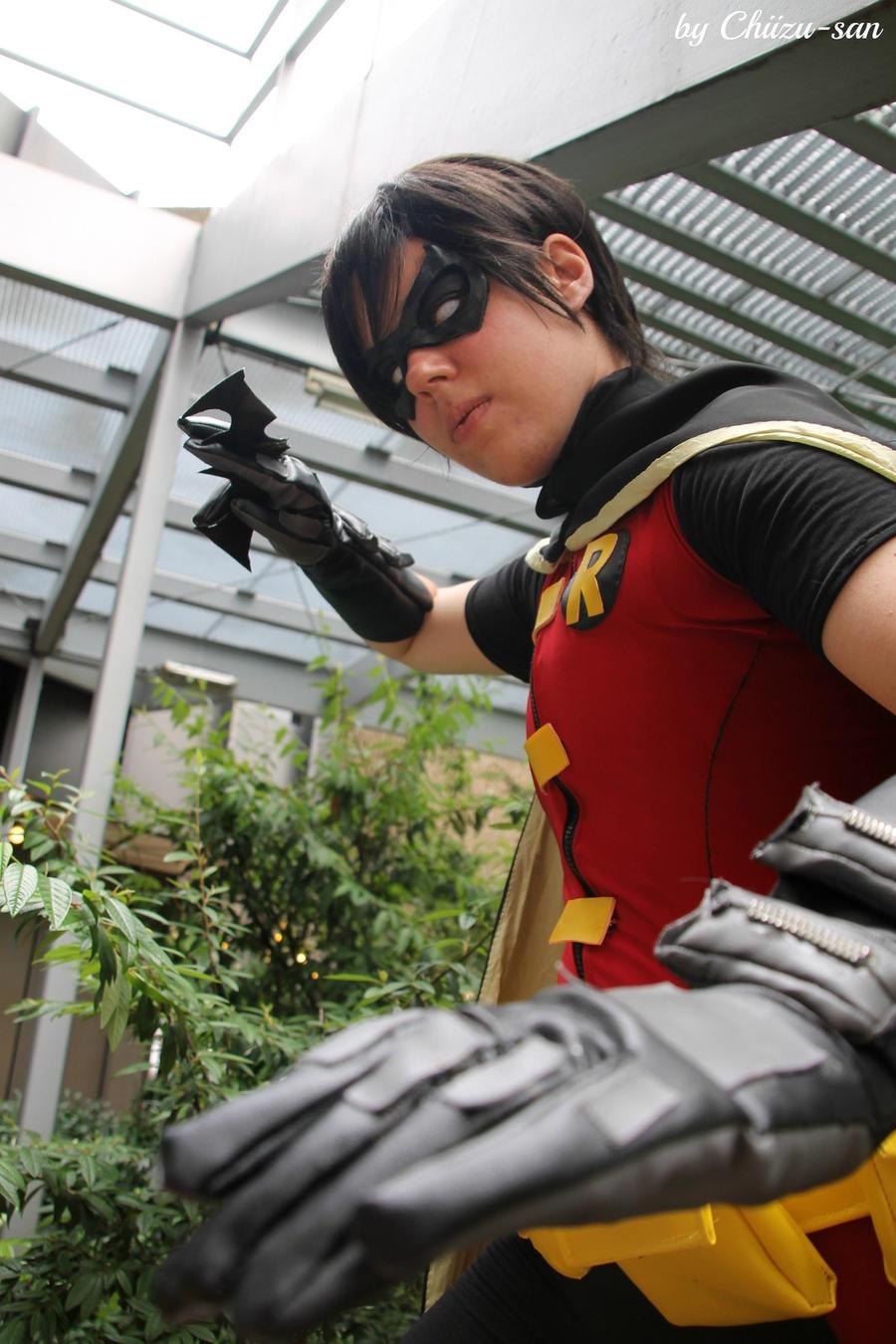 Robin young justice- Batarang by Tenraii