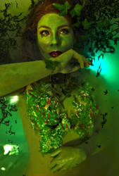 Poison Ivy cosplay - they can bury us