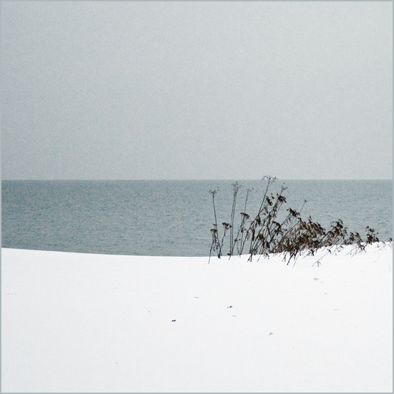 Simple Winter II by intao