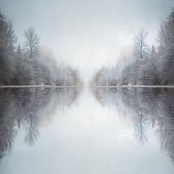 Illusions Of Grandeur by intao