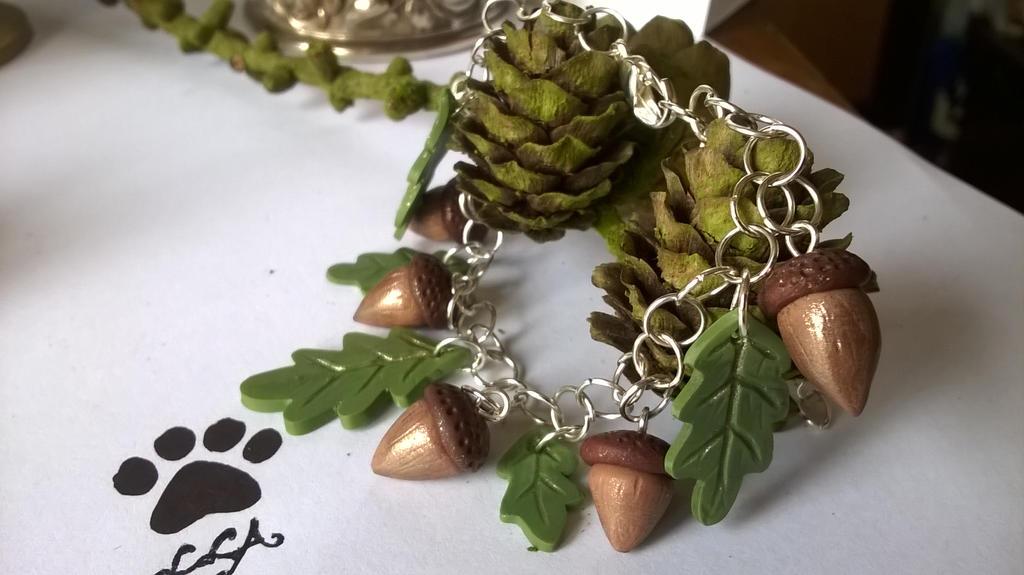 Little Acorns Bracelet by soophieO