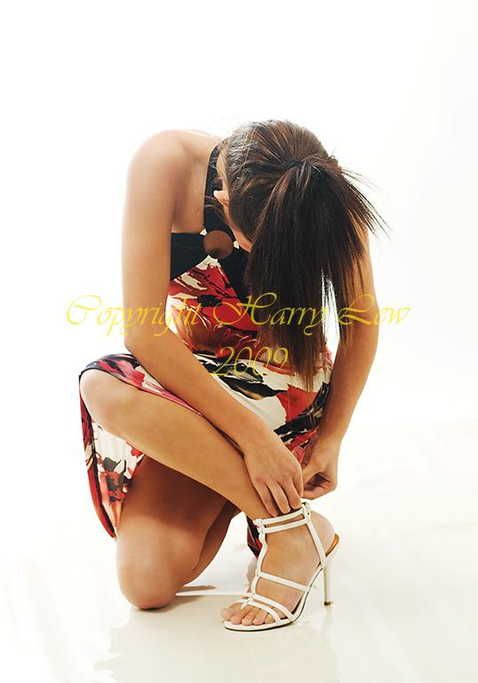 http://fc04.deviantart.com/fs44/f/2009/076/d/2/Fashion_Baby__Fetal_Position_by_Viva_Glam.jpg
