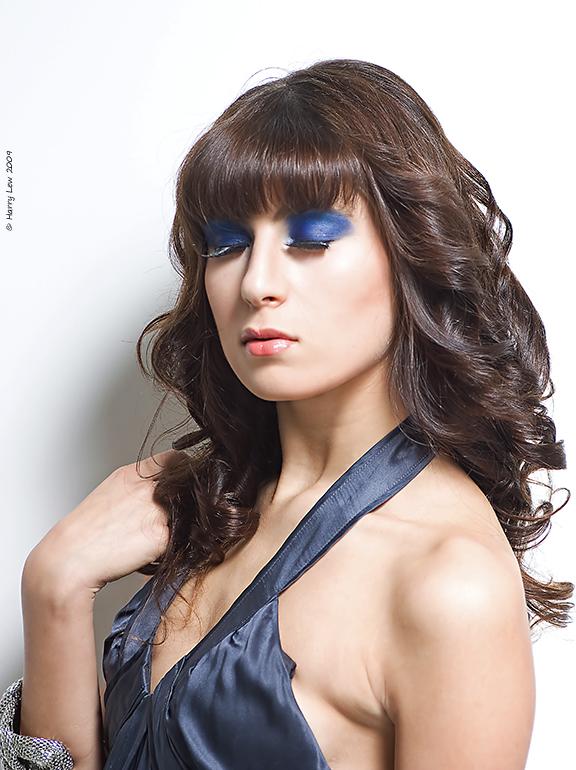 http://fc00.deviantart.com/fs51/f/2009/288/2/f/Yana_by_Viva_Glam.jpg