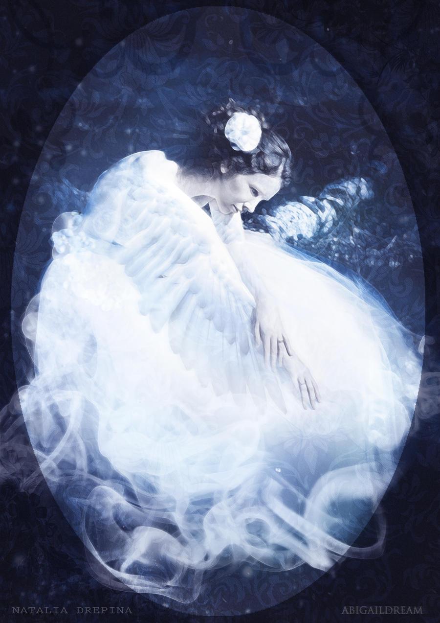 White Swan by AbigailDream