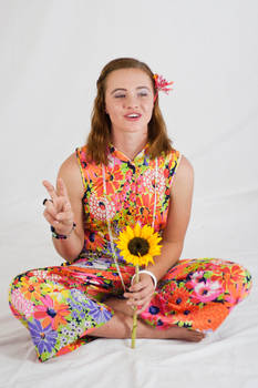 Flower Power 13 - PEACE OUT