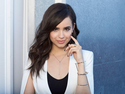 Sofia Carson want Love is the Name of Death Battle by
