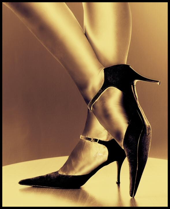 visoke potpetice... Goldie_by_DianaCretu